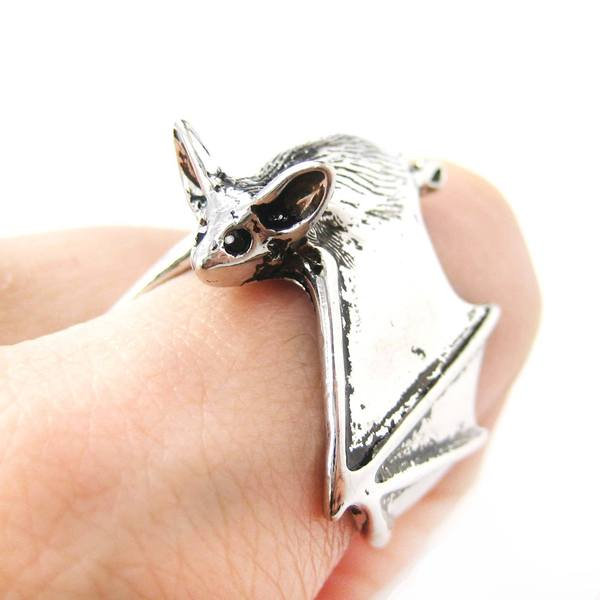 3d-bat-animal-wrap-ring-in-shiny-silver-sizes-5-to-10-available-animal-jewelry_65ac083a-e6a7-47bd-ac50-d1874dc005f1_grande.jpg