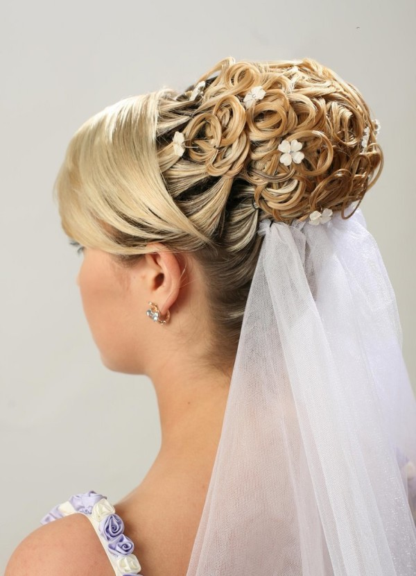 5-intricate-wedding-hairstyle.jpg