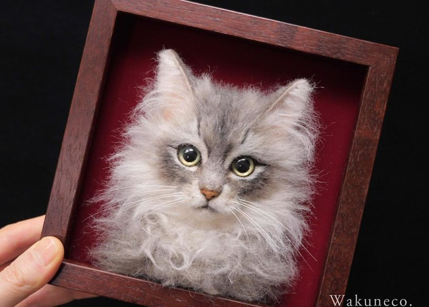 5b582481b18be-artist-makes-hyper-realistic-cats-using-felted-wool-and-the-result-is-wonderful-5b51cb66dcfeb_880.jpg