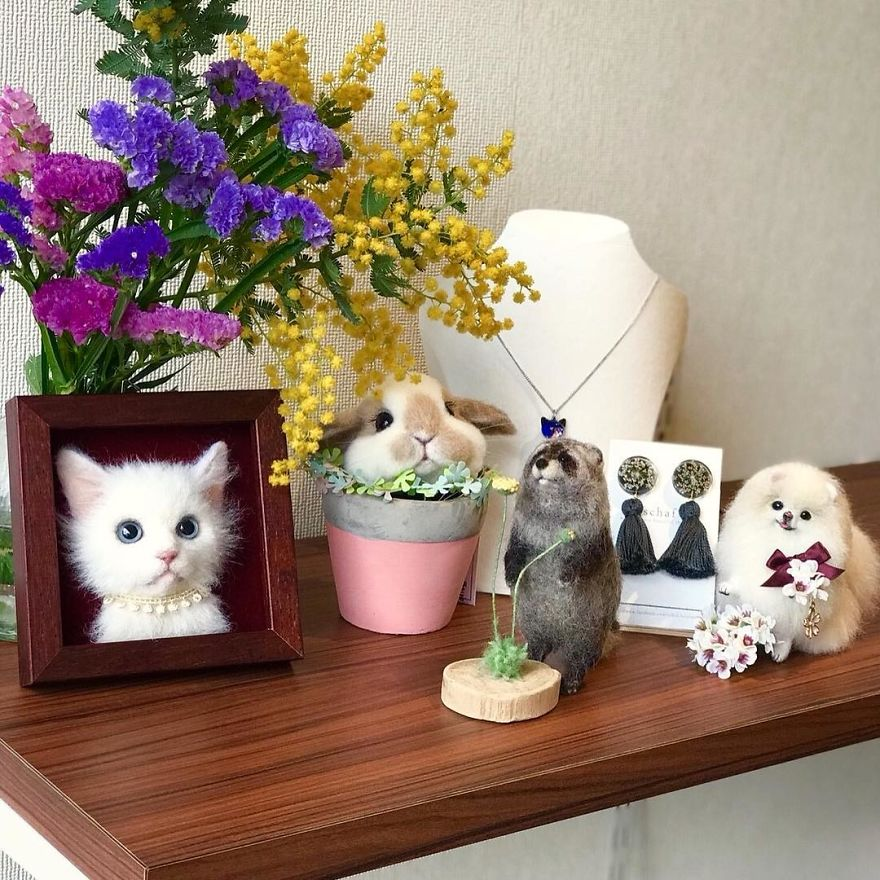5b582483d428e-artist-makes-hyper-realistic-cats-using-felted-wool-and-the-result-is-wonderful-5b51cb6910985_880.jpg
