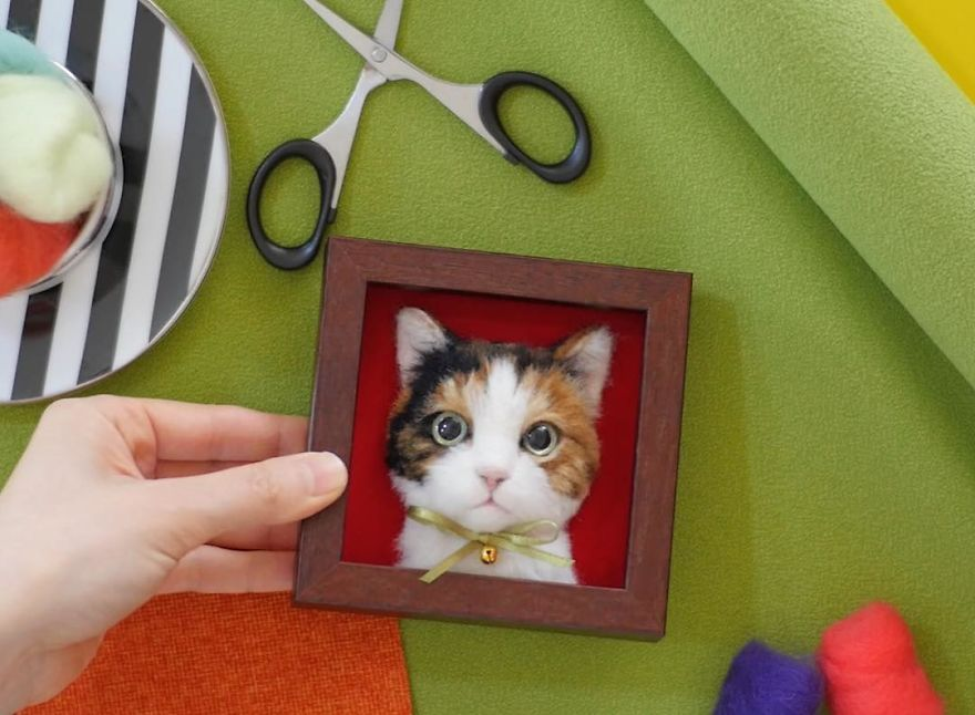 5b582484c5ccb-artist-makes-hyper-realistic-cats-using-felted-wool-and-the-result-is-wonderful-5b51cb5acf9ca_880.jpg