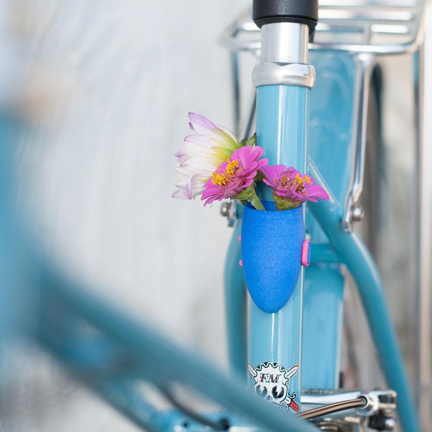 6511ee28a54fdb8a-bikeplanter-11.jpg