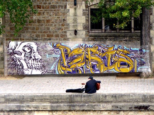 ASTRO_KANOS_Paris_quai_de_seine_2009_03.jpg