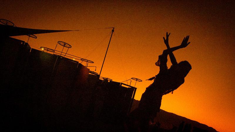 Burning Man 2011 (417 of 549)-L.jpg