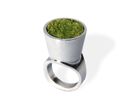 Growing-Ring-Closeup.jpg