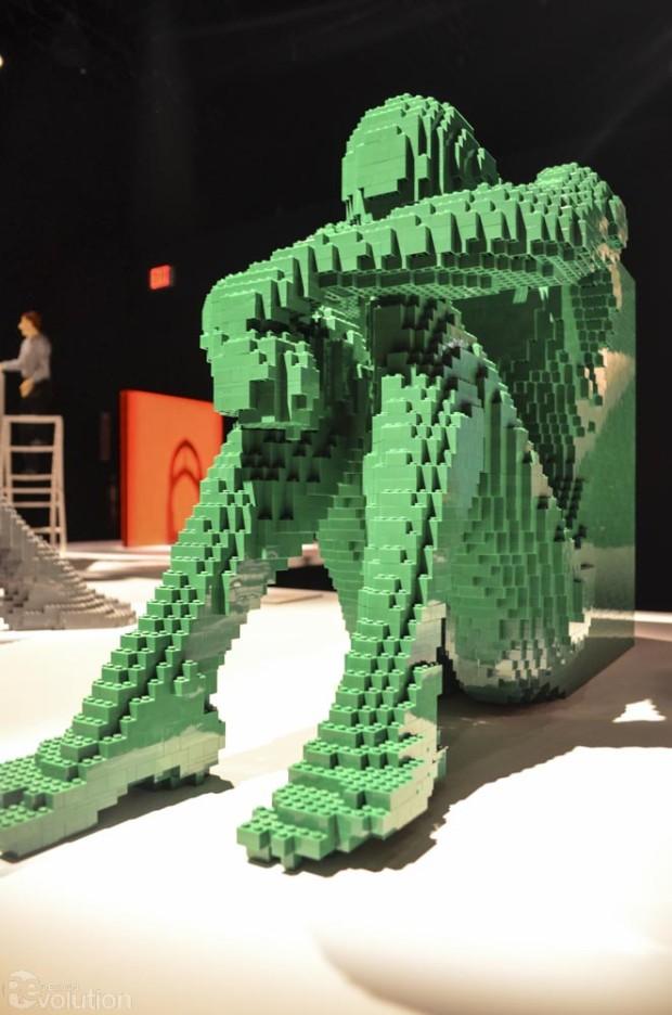 Lego-Art-of-the-Brick-Nathan-Sawaya-Times-Square-NYC-14-620x936.jpg