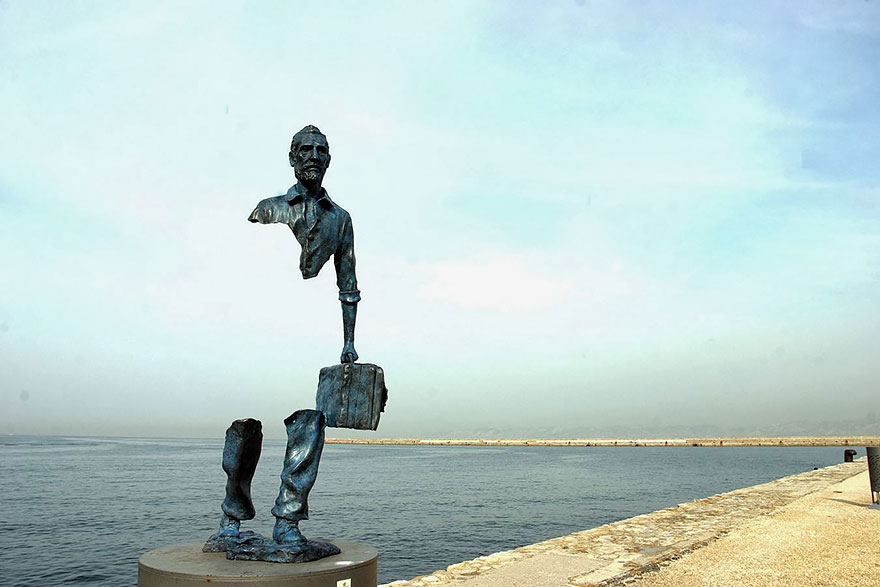 amazing-sculptures-17-57baeedfb3a8f_880.jpg