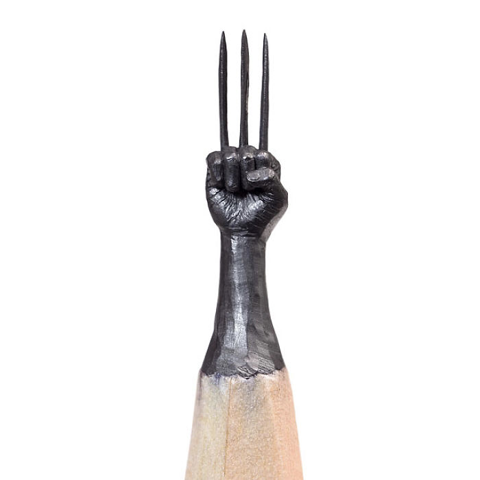 artist-makes-tiny-and-incredible-sculptures-on-the-tip-of-pencils-5ec77632cb8c9_700_1.jpg