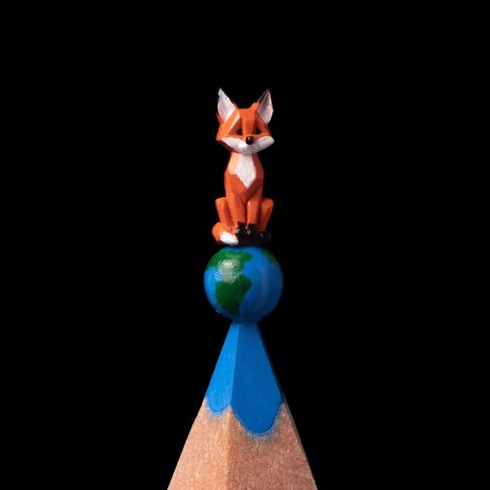 artist-makes-tiny-and-incredible-sculptures-on-the-tip-of-pencils-5ec7772eb5414_700.jpg