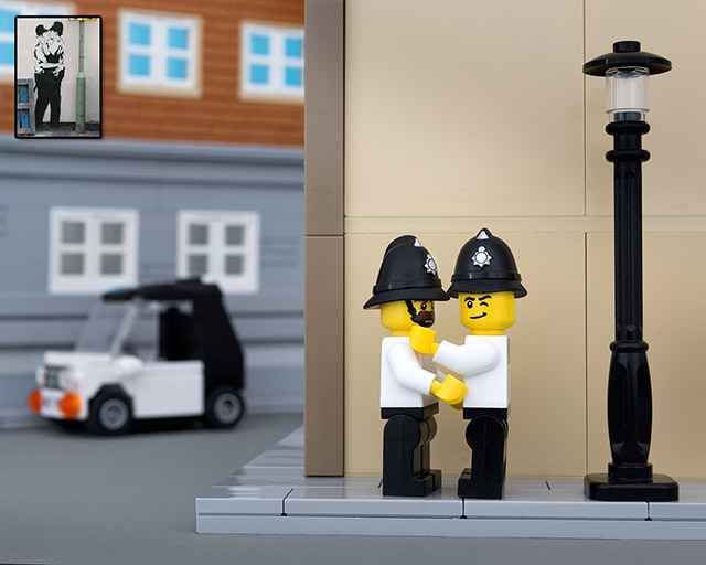 banksy_kissing_coppers_lego_bricksy.jpg