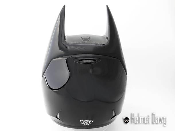 batman-motorcycle-helmet-4.jpg