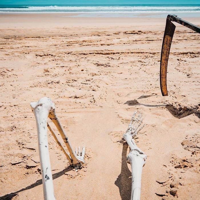 beaches-reopen-grim-reaper-19-5ea1340fa616f_700.jpg