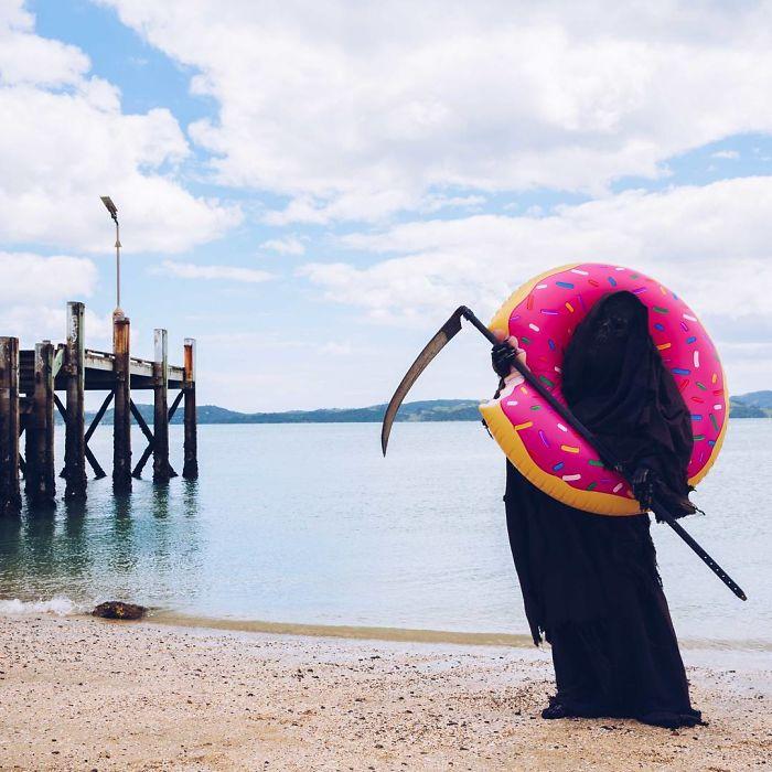 beaches-reopen-grim-reaper-5-5ea133f3b44b1_700.jpg