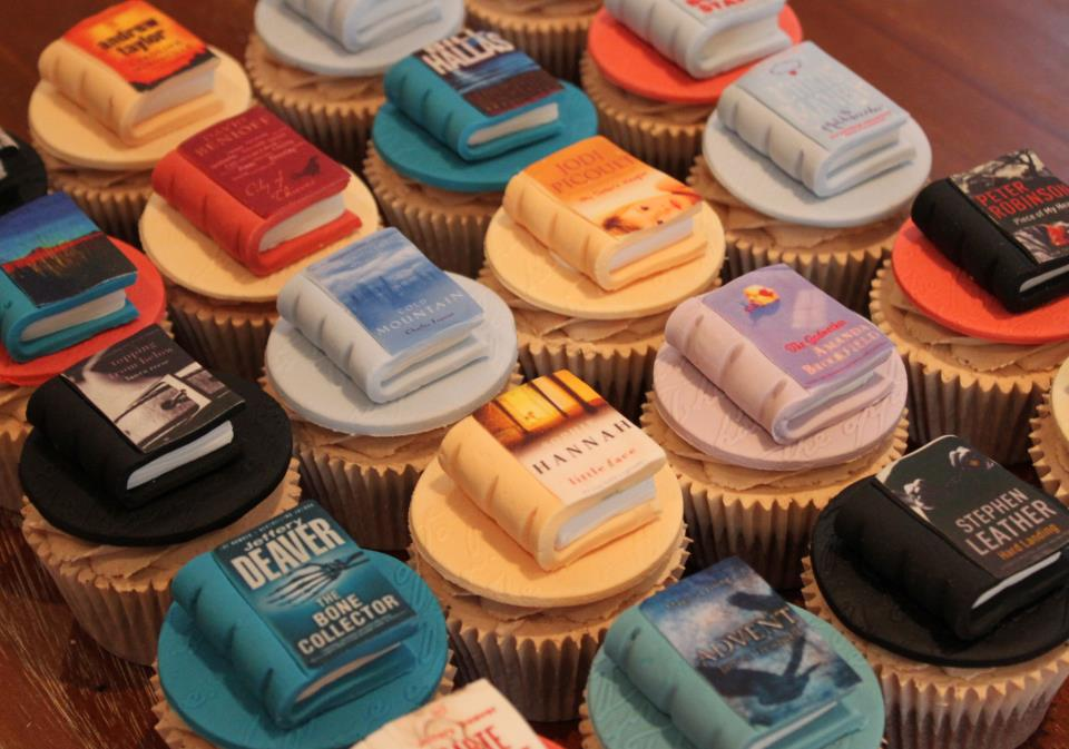 book-cupcakes.jpg