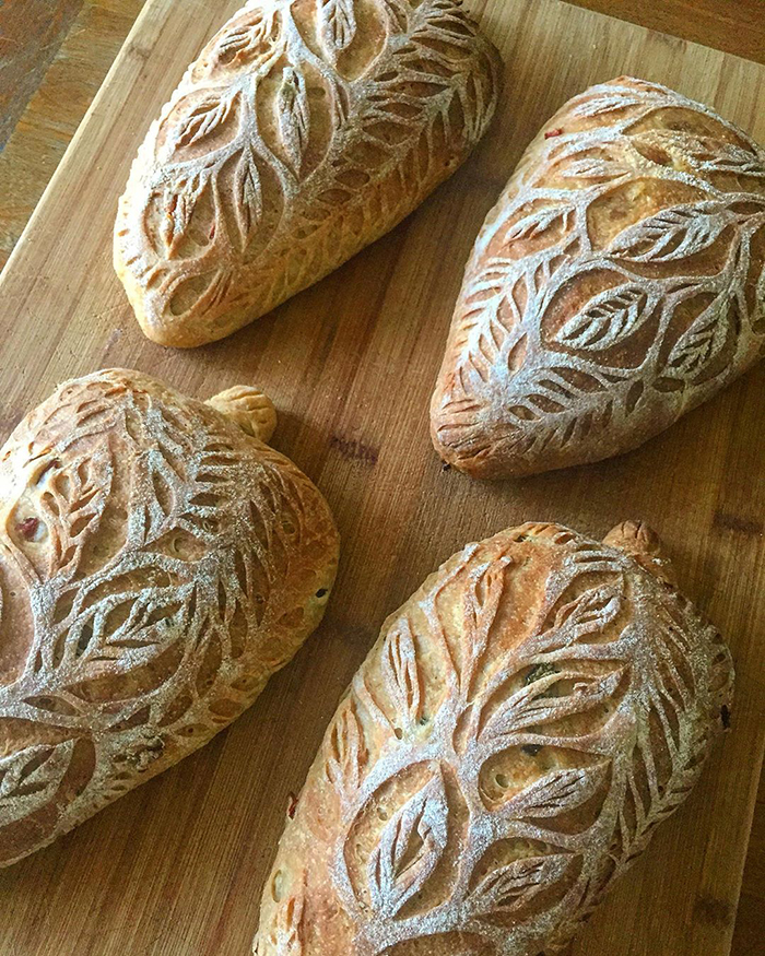 carved-blondie-and-rye-bread-5e6b52848aac8_700.jpg