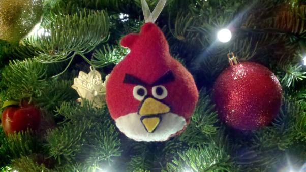 christmas-ornaments-angry-birds-red.jpg
