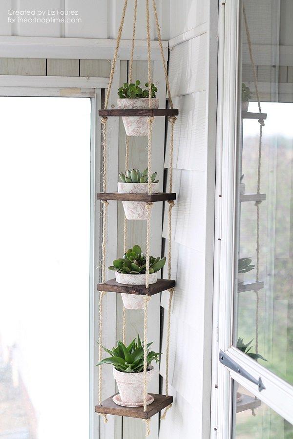 diy-vertical-plant-hanger.jpg