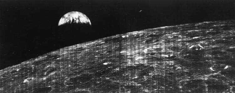 first-photo-earth-moon-1.jpg