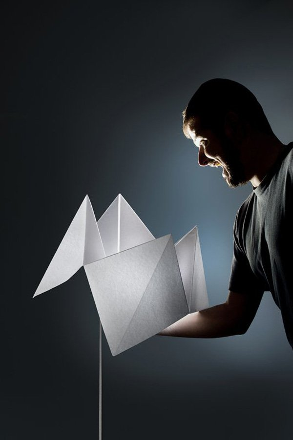 flexible-lamp-inspired-of-creative-and-playful-folding-paper-game.jpg
