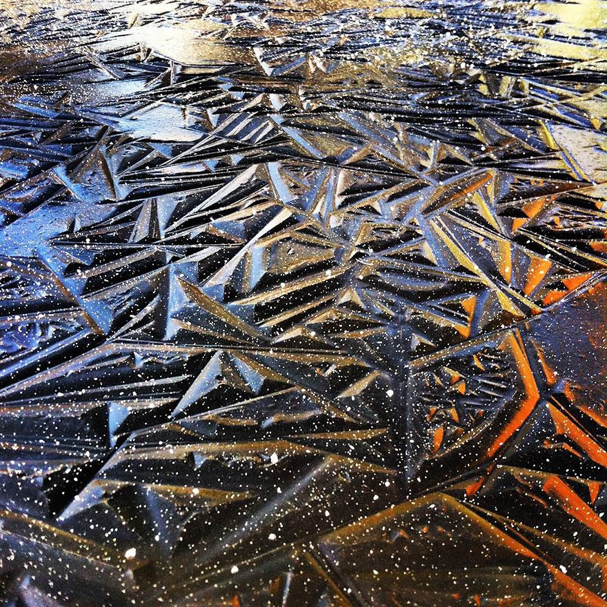 frozen-lake-pond-ice-10_880.jpg