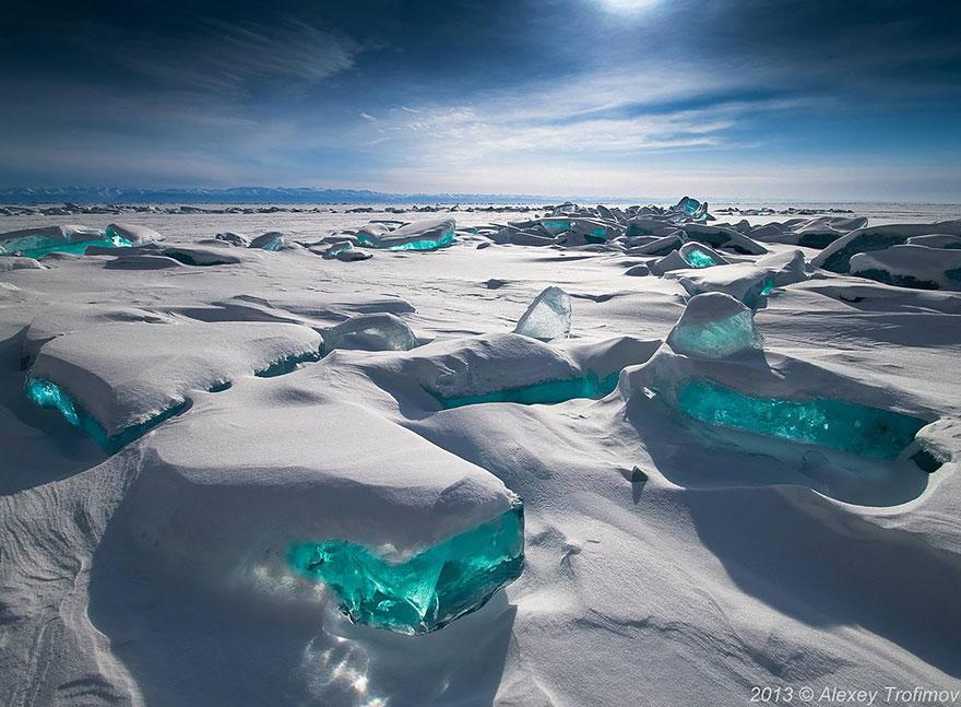 frozen-lake-pond-ice-1_880.jpg