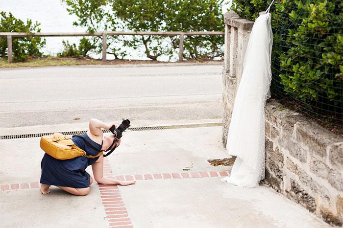 funny-crazy-wedding-photographers-behind-the-scenes-45-57751bf19b247_700.jpg