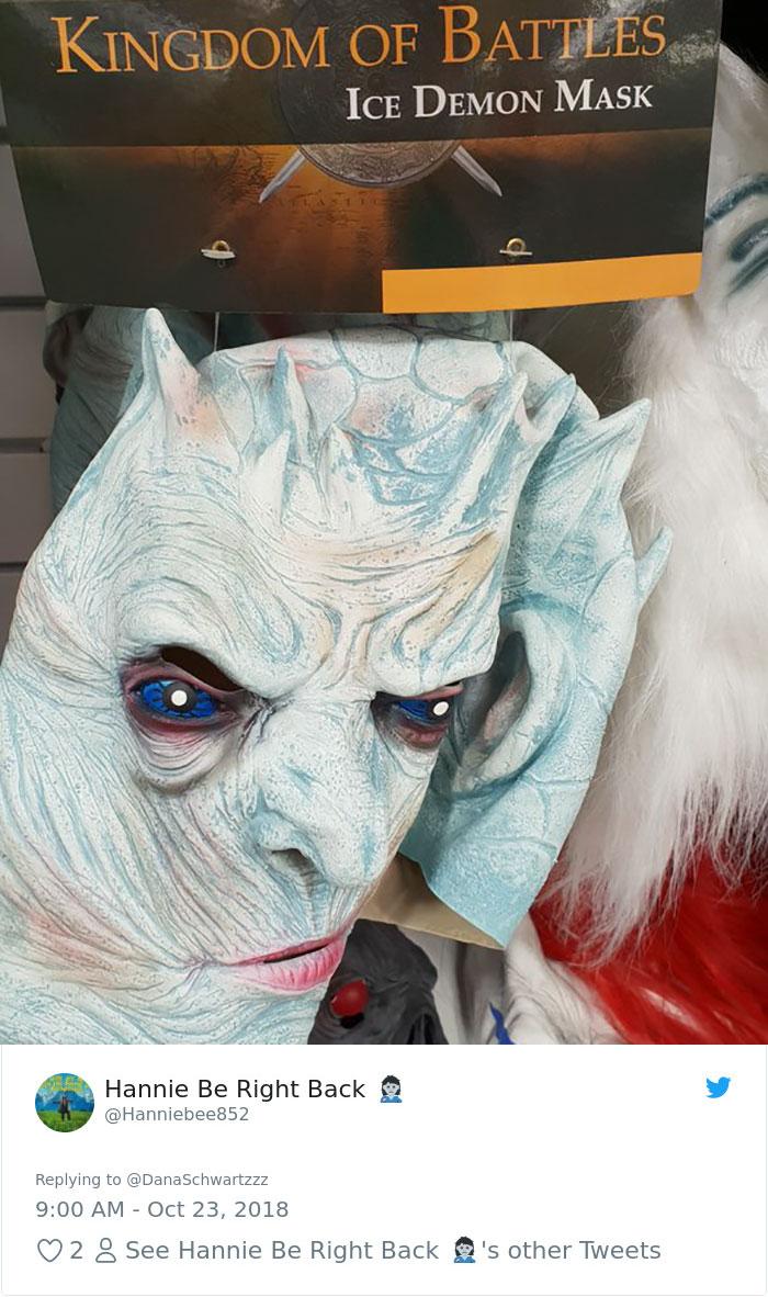 funny-halloween-costumes-knock-off-22-5bd06fdfcbb38_700.jpg