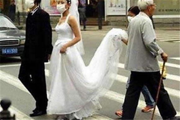 funny-weddings-09.jpg