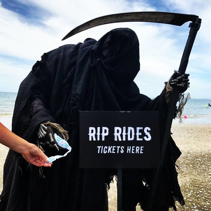 grim-reaper-beach-instagram-photos-swimreaper-12-59f6e97c7aaf5_700.jpg