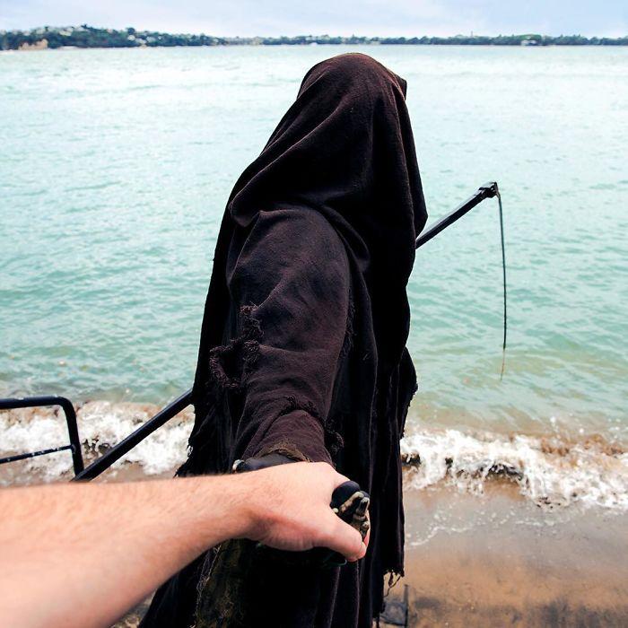 grim-reaper-beach-instagram-photos-swimreaper-16-59f6e98781214_700.jpg