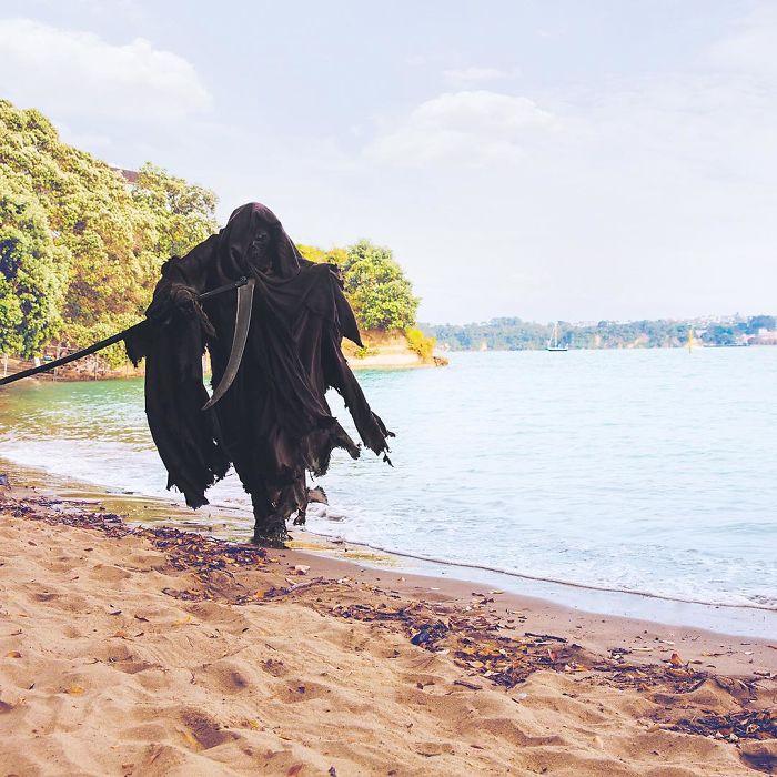 grim-reaper-beach-instagram-photos-swimreaper-2-59f6e966e5010_700.jpg