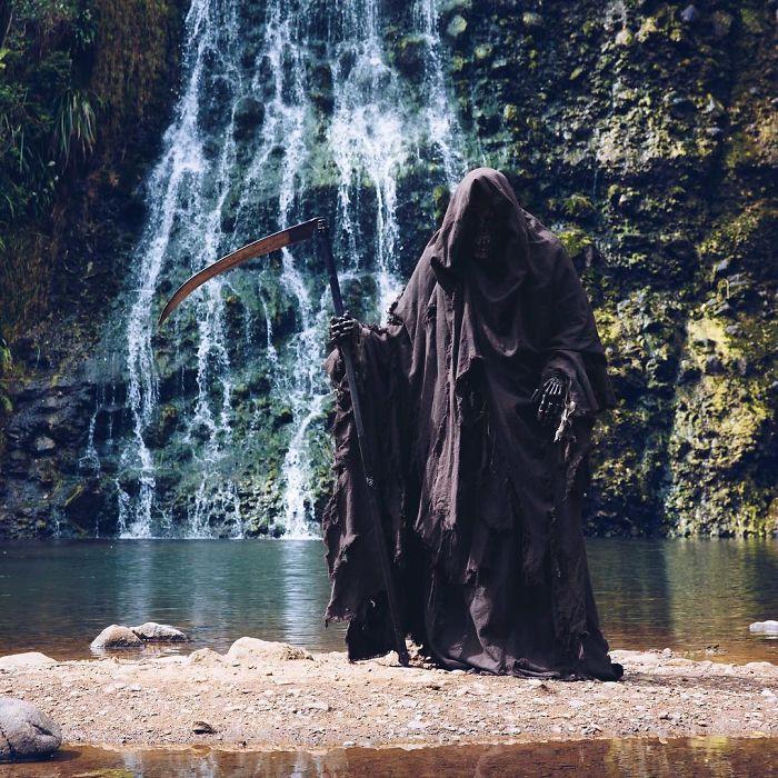 grim-reaper-beach-instagram-photos-swimreaper-23-59f6e9997c352_700.jpg