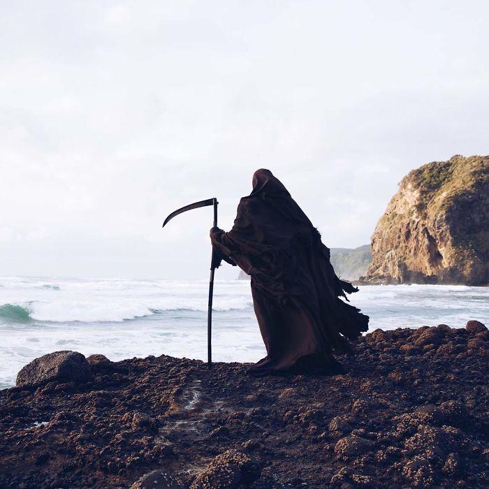 grim-reaper-beach-instagram-photos-swimreaper-31-59f6e9a98b416_700.jpg