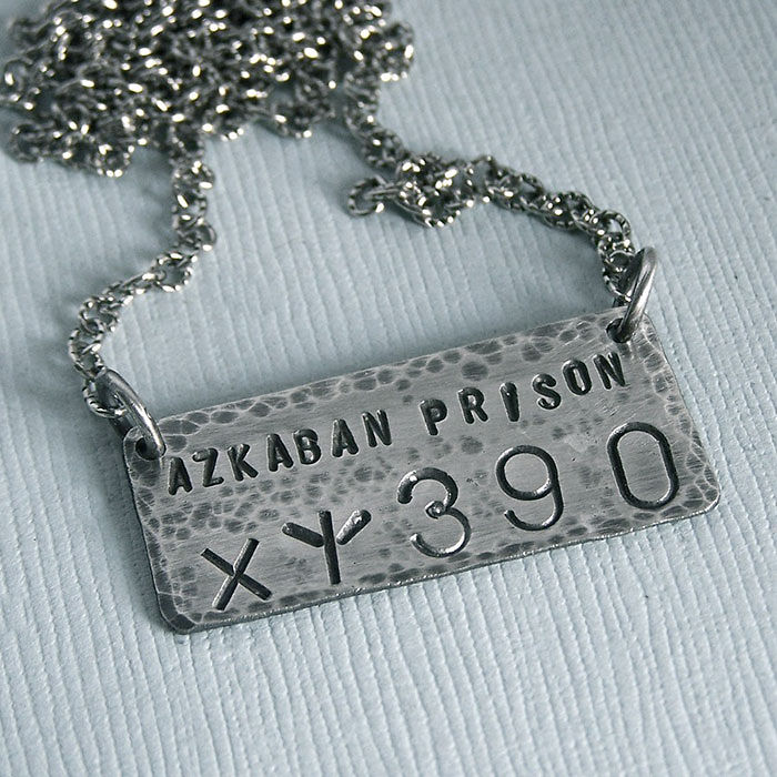harry-potter-jewelry-accessories-gift-ideas-423_700.jpg