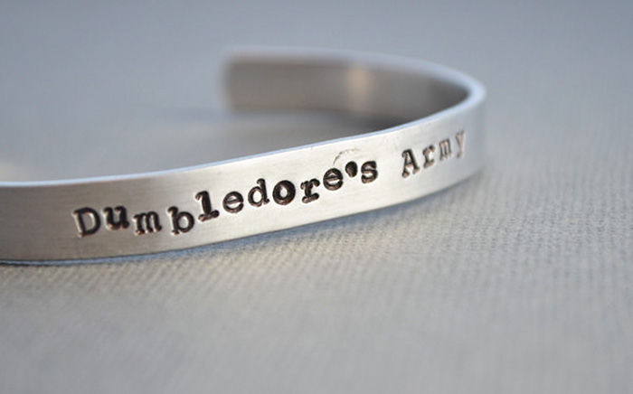 harry-potter-jewelry-accessories-gift-ideas-47_700.jpg