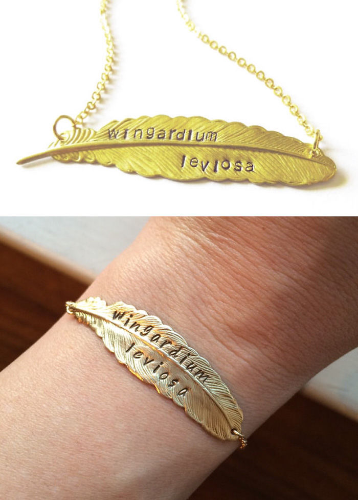 harry-potter-jewelry-accessories-gift-ideas-582_700.jpg