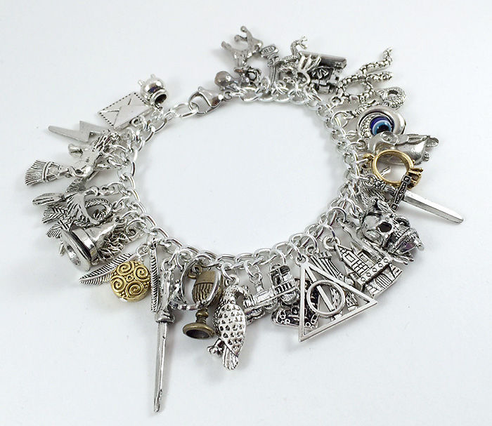 harry-potter-jewelry-accessories-gift-ideas-61_700.jpg