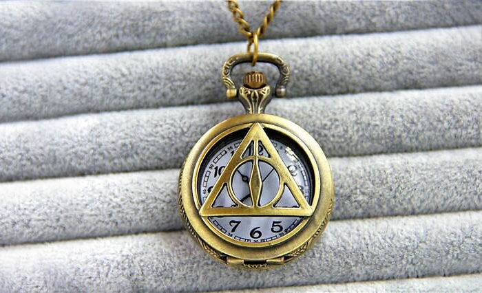 harry-potter-jewelry-accessories-gift-ideas-62_700.jpg