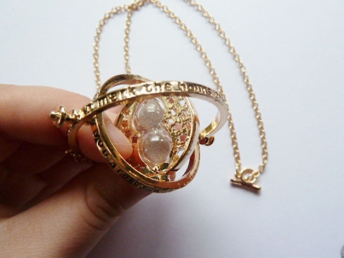 harry-potter-jewelry-accessories-gift-ideas-72_700.jpg