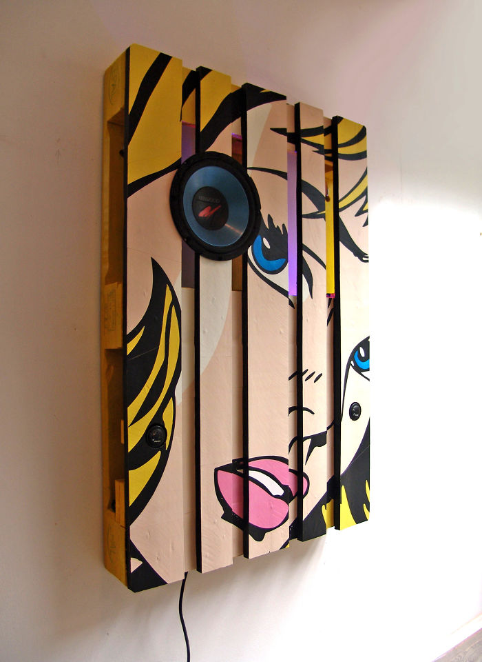 i-transformed-pallets-into-a-functional-wall-decoration-586e189c7505c_700.jpg
