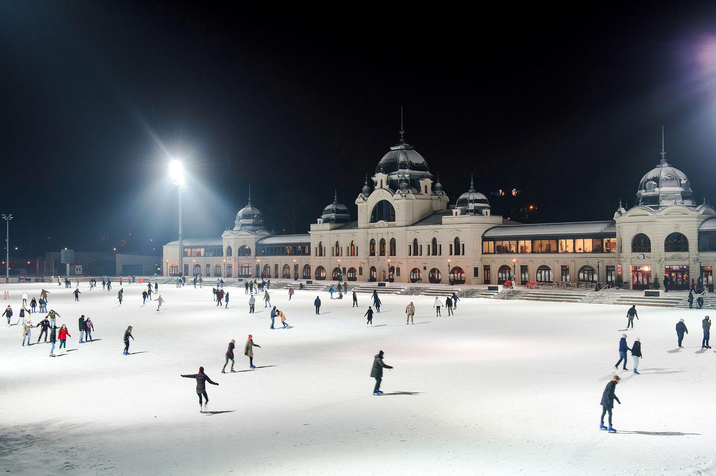 ice-rink-budapest-skate.jpg