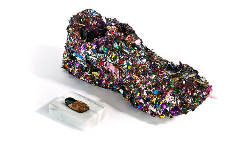 lenka-clayton-one-brown-shoe-designboom-03.jpg