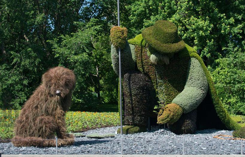 massive-hordicultural-sculptures-in-montreal-designboom-03.jpg
