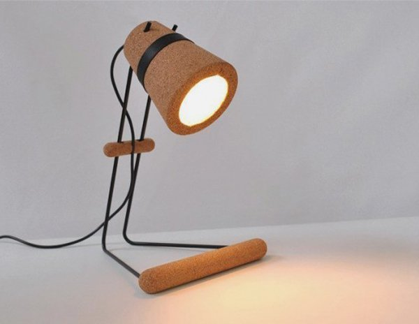 minimalist-modular-desk-lamp-made-of-cork-_-kurk.jpg