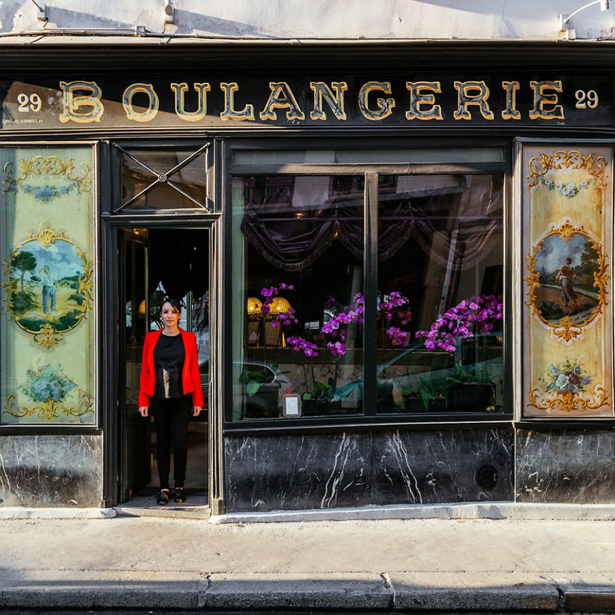 the-story-behind-these-iconic-parisian-storefronts-5809c9387d62f_880.jpg