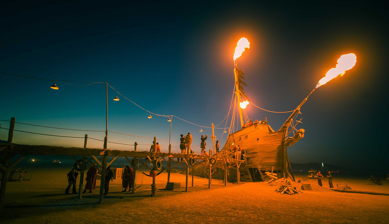 trey-ratcliff-burning-man-blue-ship-L.jpg