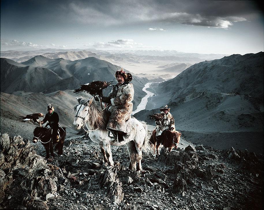 vanishing-tribes-before-they-pass-away-jimmy-nelson-1.jpg