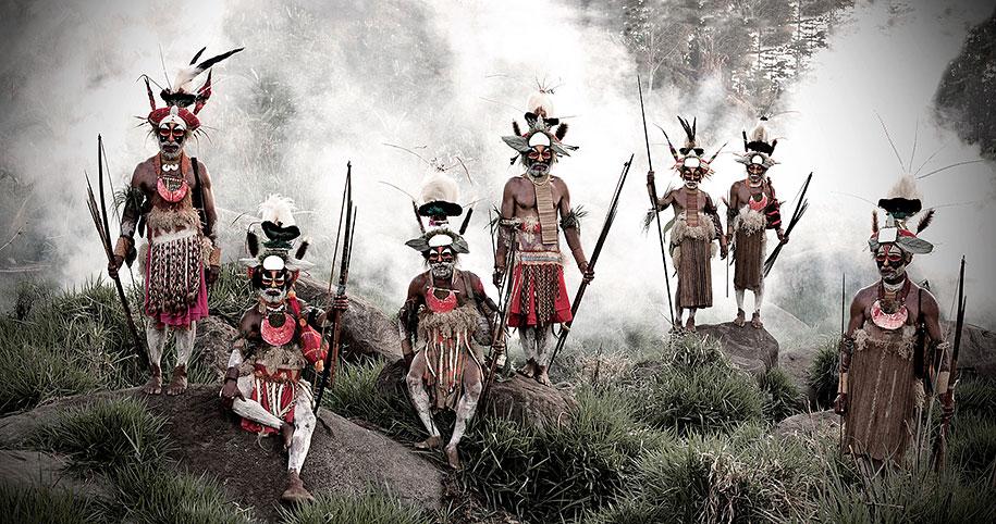 vanishing-tribes-before-they-pass-away-jimmy-nelson-10.jpg