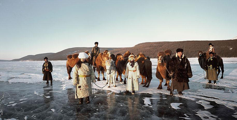 vanishing-tribes-before-they-pass-away-jimmy-nelson-24.jpg
