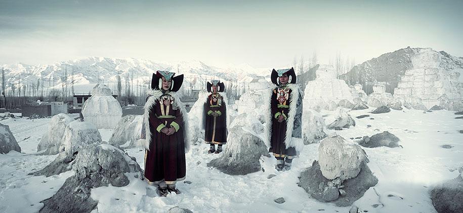 vanishing-tribes-before-they-pass-away-jimmy-nelson-32.jpg